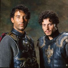 A gallery of King Arthur publicity stills and other photos. Featuring Keira Knightley, Clive Owen, Ioan Gruffudd, Ray Winstone and others. Old Movies, Great Movies, King Arthur Movie 2004, Die Nebel Von Avalon, Ioan Gruffudd, Roi Arthur, Captive Prince, Clive Owen, Hugh Dancy