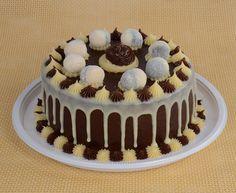 Aprenda a fazer um delicioso bolo de leite Ninho® com Nutella® com massa fofinha e muuuuito recheio! A família e os amigos vão adorar a novidade!