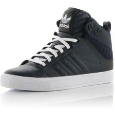 Adidas Originals Freemont (265 BRL) ❤ liked on Polyvore featuring men's fashion, men's shoes, men's sneakers, sneakers, shoes, guys, mens high tops, mens navy blue sneakers, mens sneakers and mens leather high top shoes