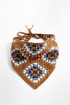Crochet Clothes, Diy Clothes, Crochet Hats, Crochet Headbands, Cutwork Embroidery, Crochet Triangle, Retro Fabric, Square Earrings, Crochet Trim