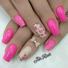 Beautiful nails 2016, Bright pink nail polish, Bright pink nails, Bright summer nails, Dating nails, Heart nail designs, Love nails, Manicure on the day of lovers