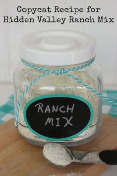 It is just so stinkin' easy to make homemade Hidden Valley Ranch Mix and pretty inexpensive as well. Best of all, you know exactly what is in it and that there are no hidden artificial preservatives or ingredients Ranch Dressing Recipe, Homemade Dressing, Hidden Valley Ranch Dressing Mix Recipe, Ranch Recipe, Hidden Valley Ranch Powder Recipe, Dry Ranch Dressing Mix, Homemade Spices, Homemade Seasonings, Homemade Gifts