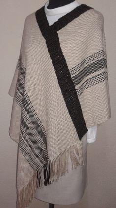 20160810_173154 Loom Weaving, Hand Weaving, Basket Weaving Patterns, Capes & Ponchos, Weaving Designs, Textiles, Blanket Scarf, Decoration, Knit Crochet