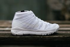 Nike Flyknit Chukka White Sfb
