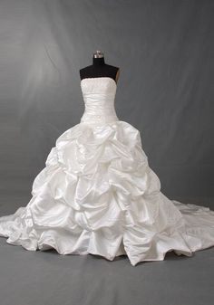 Ball gown Strapless Sleeveless Wetteau Train Taffeta Lace Wedding Dress With Ruffle Beading Free Shipping$237.00