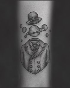 50 Perfect Saturn Tattoos To Get - Do not forget to visit for the most beautiful tattoo ideas>> the-tattoo-ideas.com #saturn #space #tattoo #tattooideas