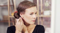 En doughnut er perfekt for styling av skandinavisk hår. Lær å lage tre enkle frisyrer hjemme.