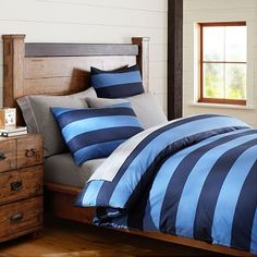 Shop boys duvet covers from Pottery Barn Teen for an upgrade from their children's bedding. Let them show their personality with our boys bedding in stripes, plaid, and even sports logos. Teen Boy Bedding, Sports Bedding, Dorm Bedding, Comforter, Sports Quilts, Striped Quilt, Striped Bedding, Blue Bedding, Blue Duvet