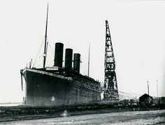 A great online collection of photos of the Titanic from construction, maiden voyage, all the way down to the Tiitanic disaster pictures in the Atlantic Ocean on Rms Titanic, Titanic Photos, Titanic Ship, Titanic History, Titanic Model, Southampton, Belfast, Titanic Artifacts, Liverpool