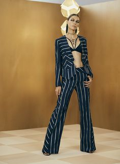 See the complete Sass & Bide Fall 2017 Ready-to-Wear collection.