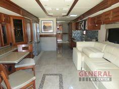New 2016 Fleetwood RV Discovery 40E Motor Home Class A - Diesel at General RV   Dover, FL   #130683