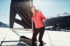Ramai activ si in zilele reci cu hainele Gaastra! Red Leather, Leather Jacket, Fashion, Studded Leather Jacket, Moda, Leather Jackets, Fashion Styles, Fashion Illustrations
