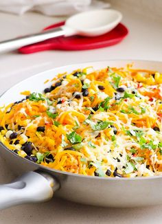 Butternut Squash Noodles Tex Mex Style is a 15 minute vegetarian dinner with salsa and taco flavours and vegetables like corn and black beans. That time when kids will eat mom's dinner.