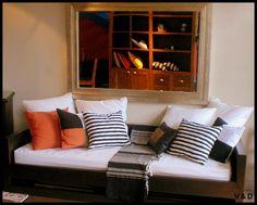 #living #home #decor #house #interiors #vetahouse #style #countrystyle #santafe House Interiors, Country Style, Couch, Furniture, Home Decor, Homemade Home Decor, Sofa, Interiors, Couches