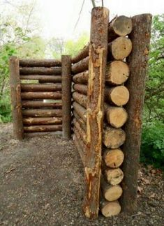 Fantastic And Fancy Fence Design Ideas - Bored Art - Garden fences are availabl. - Fantastic And Fancy Fence Design Ideas – Bored Art – Garden fences are available in an infinit - Outdoor Projects, Garden Projects, Garden Ideas, Log Projects, Garden Boxes, Fancy Fence, Log Wall, Garden Fencing, Reed Fencing