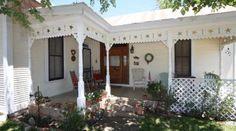 Allegani's Little Horse Inn Fredericksburg Texas, Bed And Breakfast, Lodges, Breakfast In Bed, Cottages