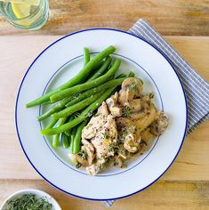 Recipe for rich & creamy Mustard & Thyme Chicken with sautéed green beans on the side Ingredients 150g chicken fillets 1/2 tsp Dijon mustard 1/2 tbsp sour cream 1 spring […]