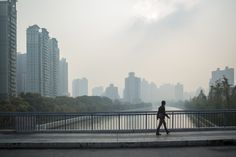 Shanghai #shanghai #walking #city #metropolis #rainyday