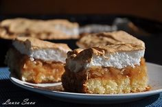 Prajitura cu mere si bezea Romanian Desserts, French Toast, Sweet Treats, Food And Drink, Healthy Recipes, Healthy Food, Pie, Favorite Recipes, Sweets