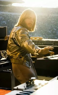 Rick Wakeman - YES                                                                                                                                                                                 Mais
