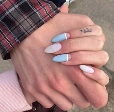 Girls, rate a manicure from 1 to . - the best design ideas for marigold . Teal Nails, Aycrlic Nails, Hair And Nails, Matte Nails, Glitter Nails, Basic Nails, Simple Nails, Milky Nails, Fire Nails