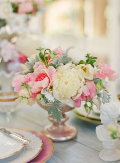 Holy Gorgeousness. If you are all about ROMANCE, this next shoot will surely be your cup of tea. Held at Villa Montalvo in Northern California, and fashioned after the beloved Jane Austen novel Pride and Prejudice, this is one of