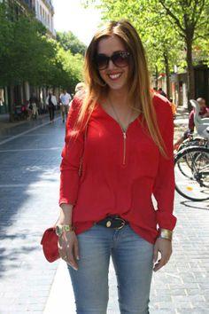 camisa roja de berskha