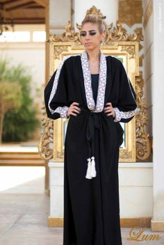 Lum Abaya, Abaya, bisht, kaftan, caftan, jalabiya, Muslim Dress, glamourous middle eastern attire, takchita
