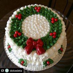 Christmas Cake Designs, Christmas Cake Decorations, Christmas Cupcakes, Christmas Sweets, Holiday Cakes, Christmas Goodies, Holiday Baking, Christmas Desserts, Christmas Baking