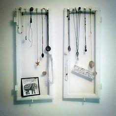 fensterrahmen mit spiegel das l dchen buntenskamp 5 geesthacht das l dchen pinterest. Black Bedroom Furniture Sets. Home Design Ideas