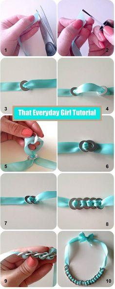 Gran idea para una pulsera sencilla y bonita, con materiales muy simples. // Great idea for a simple, nice bracelet, using very simple materials.