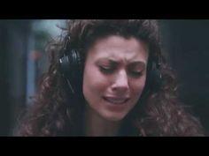 La frequenza che fa piangere le persone