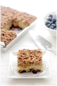 Foodagraphy. By Chelle.: Blueberry Streusel Cake