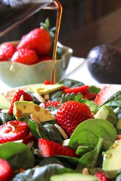 ValSoCal: Strawberry Avocado Salad (easy strawberry dressing)-So good I made it 2 days in a row!!  I could drink that dressing!! DO IT!