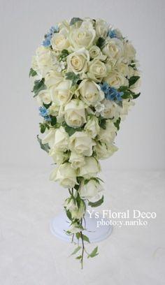 バラとブルースター、ホワイトスターのキャスケードブーケ  @ウェスティンホテル東京    ys floral deco