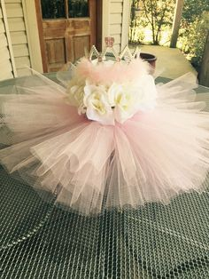 Baby shower centerpiece/ birthday centerpiece/ princess party decorations/its a girl centerpiece/baby shower decorations/ tutu baby shower