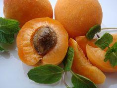 Carrier Oil - Apricot kernel oil