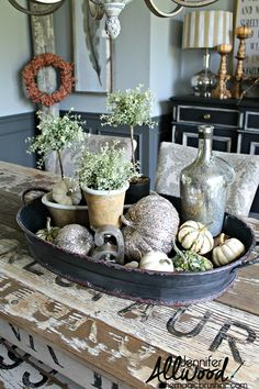 Cute tray decor ideas. Jennifer takes one tray and styles it for for centerpieces, coffee tables, kitchen counters and the holidays.
