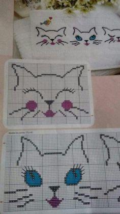 Kitten face kitten x-stitch Cross Stitch Boards, Cross Stitch Baby, Cross Stitch Animals, Baby Knitting Patterns, Knitting Stitches, Cross Stitching, Cross Stitch Embroidery, Hand Embroidery, Cross Stitch Designs