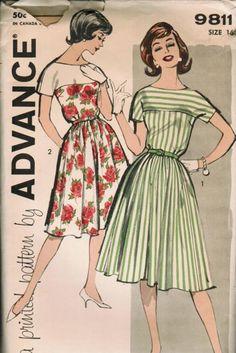 Advance Vintage Dress Sewing Pattern 9811