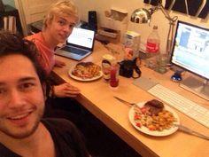 Thomas en Robin van zomær zijn hard aan het werk.