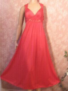 Vintage Nightgown 70s long Red Full Sweep Bodyhug by WeeBitUsed 16da0f26f