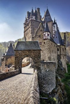 Eltz Castle, Germany | 14 of the Most Amazing Fairy Tales Castles you should See…