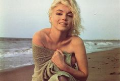 I love this whole photo shoot of Marilyn