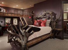 lit en bois flotté et tête de lit originale