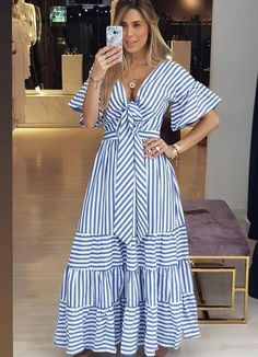 Outfits ideas & inspiration : Now I will share some ideas of striped dresses to wear in spring, striped dresses and bows to wear in spring, striped dresses and belt to wear in spring, Casual Dresses, Fashion Dresses, Summer Dresses, I Dress, Wrap Dress, African Dress, Striped Dress, African Fashion, Plus Size Fashion