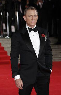 Daniel Craig Is Reportedly on Board As the Next James Bond Movie Gets a Release Date Daniel Craig Style, Daniel Craig James Bond, Rachel Weisz, Tom Ford Tuxedo, Tuxedo Suit, James Bond Tuxedo, Royal Films, Daniel Graig, Best Bond