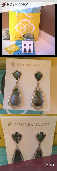 Kendra Scott Mother of Pearl earrings Kendra Scott Mother of Pearl Camryn earrings. Silver hardware. Never worn. Comes with dust bag and care card! Perfect to pair with an evening gown or to dress up casual wear! Kendra Scott Jewelry Earrings