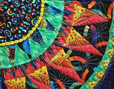 The Cinco de Mayo quilt made by the Buda Bee quilters in Texas is definitely the largest, most ambitious example of this pattern that I'. Longarm Quilting, Machine Quilting, Quilting Projects, Quilting Designs, Art Quilting, Quilting Tips, Machine Embroidery, Sewing Projects, Colorful Quilts