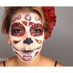 Hermoso maquillaje, halloween Por: @face2facem canción: moonlight macleod)